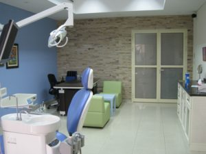 KOOL-WHITE-DENTAL-CLINIC-2